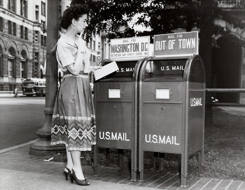 50s-girl-letters-mail-vintage-Favim.com-223029